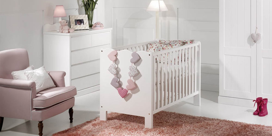 Decorar habitacion bebe nia awesome arreglos with - Dormitorios bebe nina ...